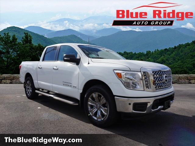 New 2018 nissan titan 4x4 crew cab sv crew cab pickup in wytheville