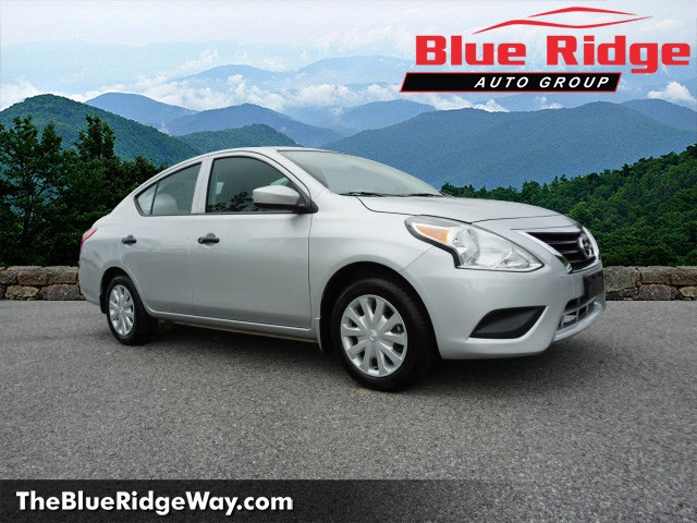 pre-owned 2017 nissan versa 1.6 s plus 4d sedan in wytheville
